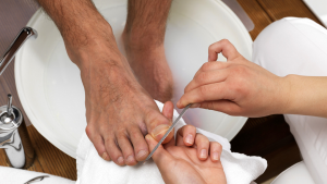 Clean toenail